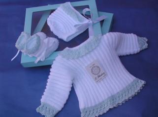 Conjunto para recién nacido en lana y algodón