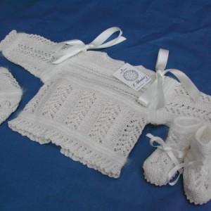 Conjunto para recién nacido de angora y algodón con vainica