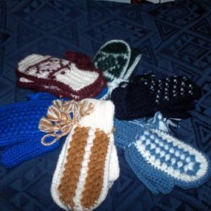Manoplas para bebé de lana hechas a mano